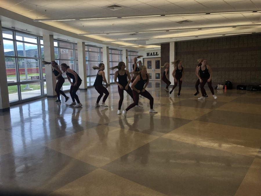 Picture of CSH POMS practicing after school on 9/4/19