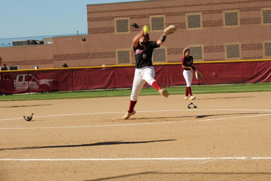 Izzy pitching