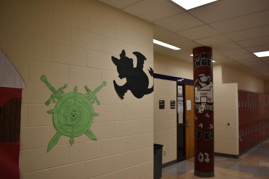 Dragons and swords in Upper A Hall